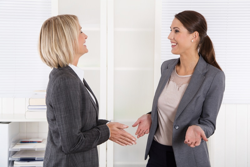 Comunicarea interpersonala cu impact, abilitatea femeilor de succes