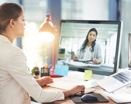 Cum comunicăm în mediul online